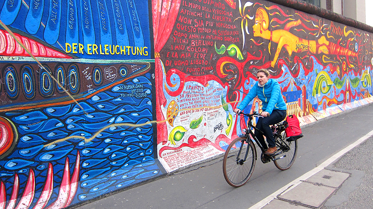 Bike the Berlin Wall