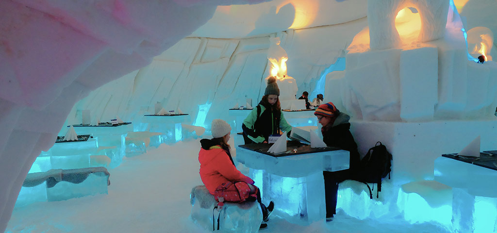 Dining in icy style at the Snow Village and Hotel near Kittilä.