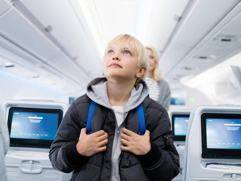 Make your flight a treasure hunt for children