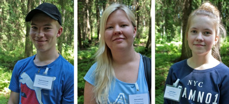 Forest Quiz 2016 winners from left to right: Akseli Jussinmäki, Oona Lehtinen and Lydia Moisa. The rest of the finalists shared the fourth place. Photo: Anna Kauppi